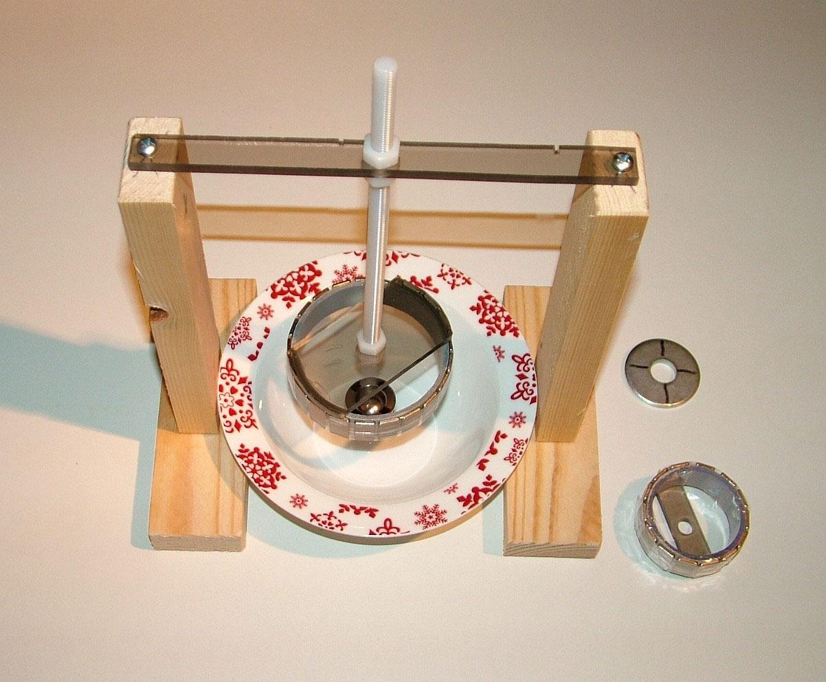 magnetmotor freie energie selber bauen hardcoverbuch cd. Black Bedroom Furniture Sets. Home Design Ideas